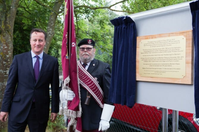 Rt Hon David Cameron with Robbie Robinson